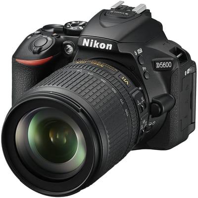 Nikon D5600 VR