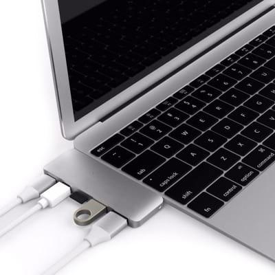Hyper USB C 5 in 1 adapter kit Zilver